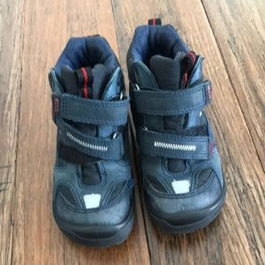 Ecco hiking shoes!  In wonderful condition!